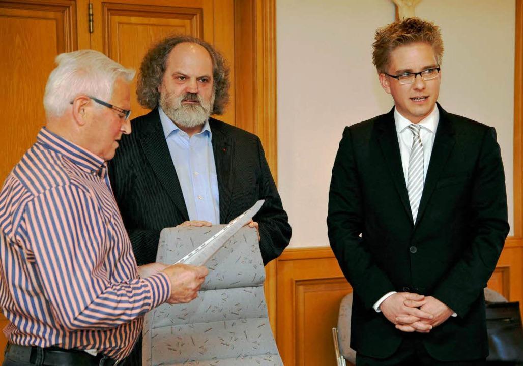 Hans Faas, Karl-Heinz Debacher und der...r von Rust Kai-Achim Klare (von links)  | Foto: Bernhard Rein, Bernhard Rein
