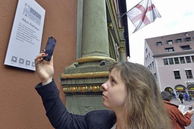 An historischen Gebäuden wurden QR-Codes für Smartphones angebracht
