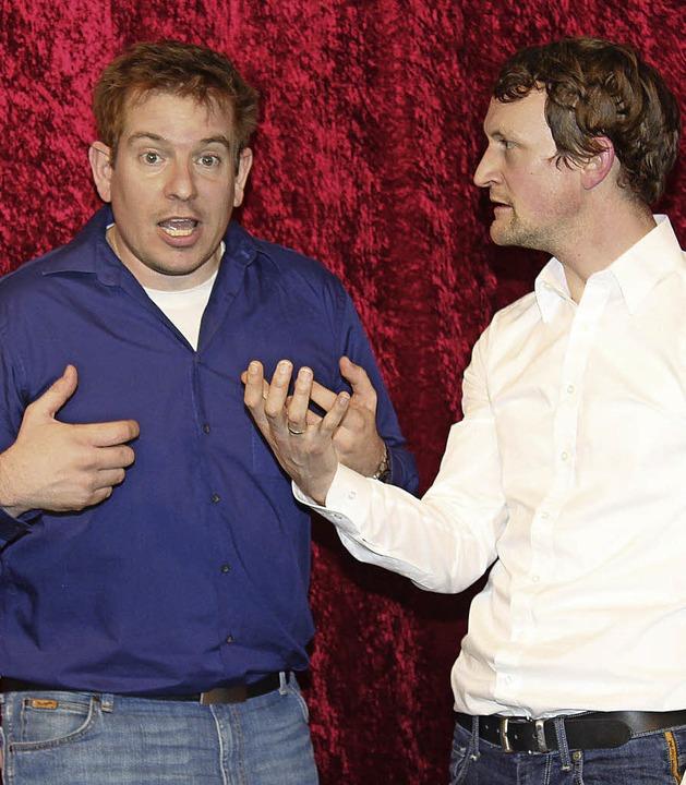 Kongeniales Comedy-Paar: Christian Sauter (blau) und Simon Kuhner   | Foto: mario schöneberg