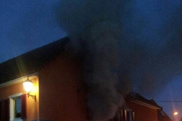 Frau stirbt bei Brand in Kenzingen – Großeinsatz für Feuerwehr