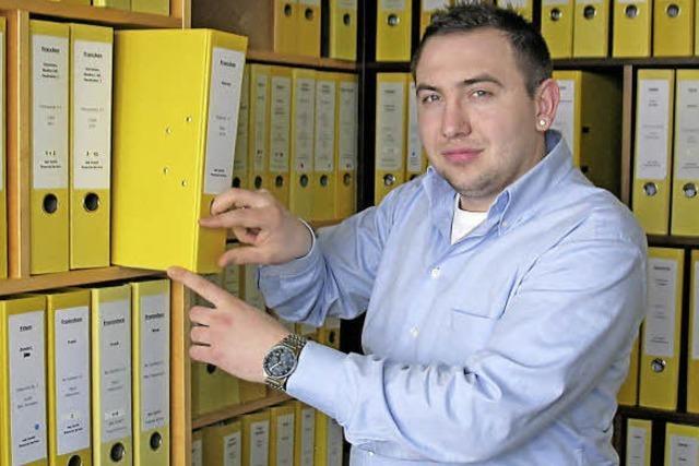 Ausbildungsberuf Versicherungskaufmann: Aleksandr Mann will die Menschen sicher durchs Leben bringen