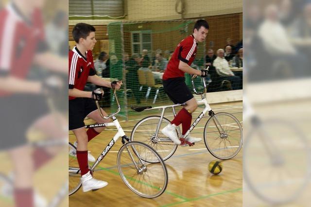 Öflinger Junioren fahren zur Radball-EM