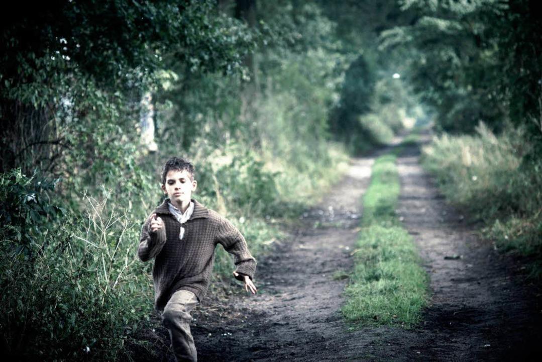 Jurek (Andrzej Tkacz) ist immer wieder auf der Flucht.     Foto: dpa