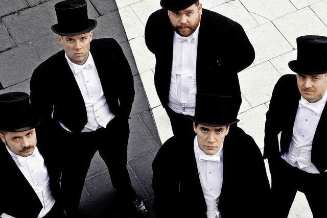 The Hives in Lörrach: Rockende Entertainer