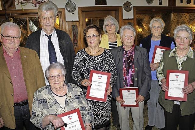 Kenzinger Schwarzwaldverein ehrt treue Mitglieder