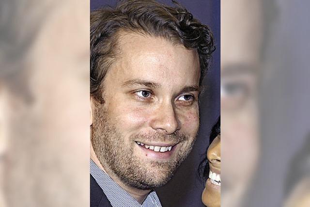 Techniknerd Christian Ulmen - Großer Ärger für Teenager Sarah nach Terror-Warnung -