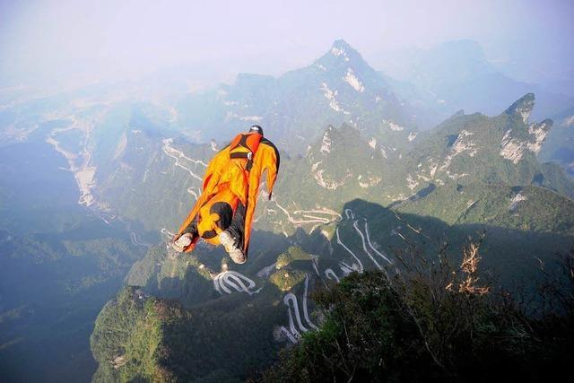 Reiz des Todes: Wingsuit-Piloten in Schweizer Alpen abgestürzt