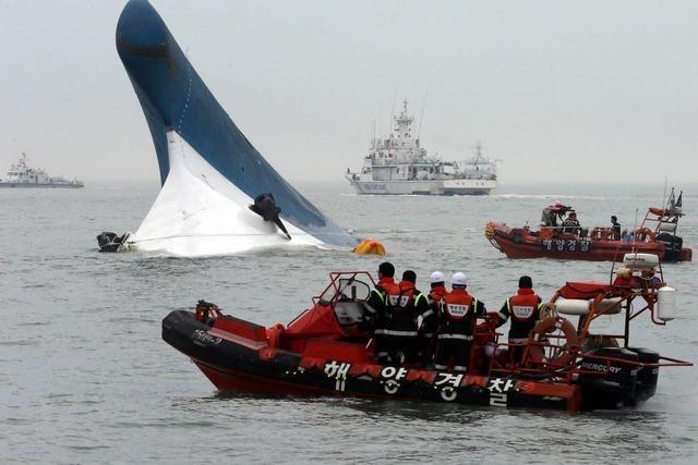 Fähre sinkt vor Südkorea: Hunderte Tote