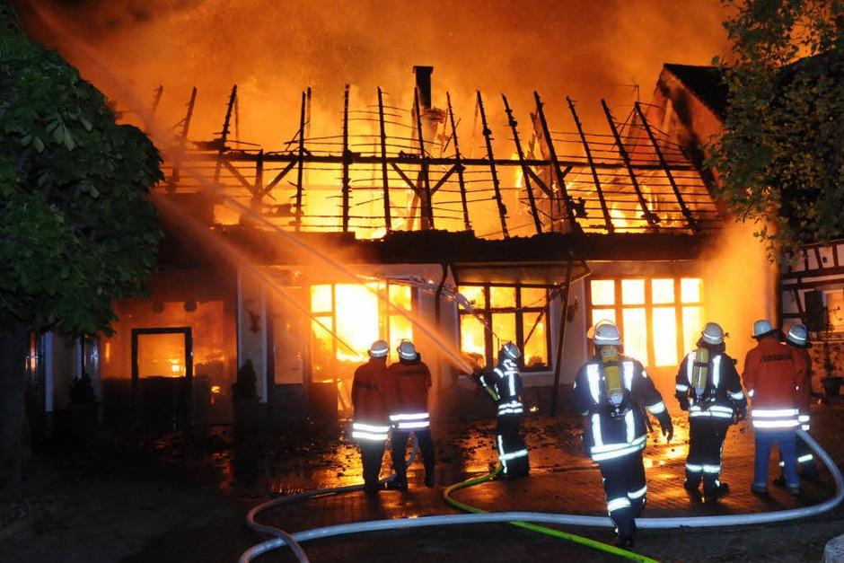 Fotos vom Brand in Altenheim (Foto: WOLFGANG KUENSTLE               )