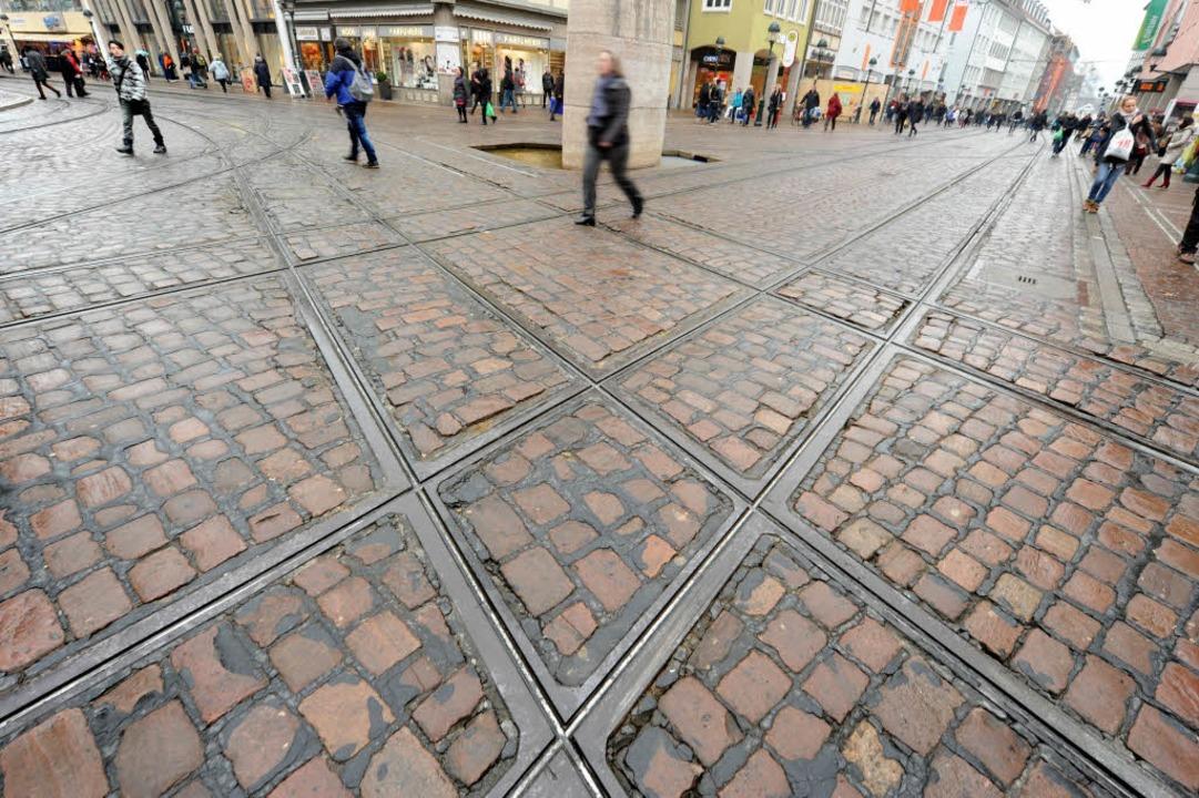 Am Verkehrsknotenpunkt in der Innensta...ird bald eine Großbaustelle entstehen.  | Foto: Rita Eggstein