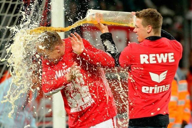 Köln feiert den Aufstieg in die Erste Bundesliga