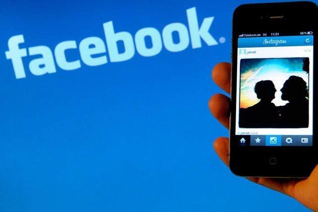 Tanja Hollander besucht alle ihre Facebook-Freunde