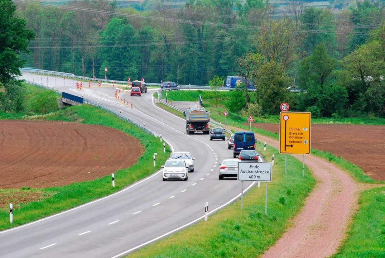 Die B31West endet  bei Gottenheim. Bür... fordern ihren Weiterbau bis Breisach.  | Foto: Benjamin Bohn