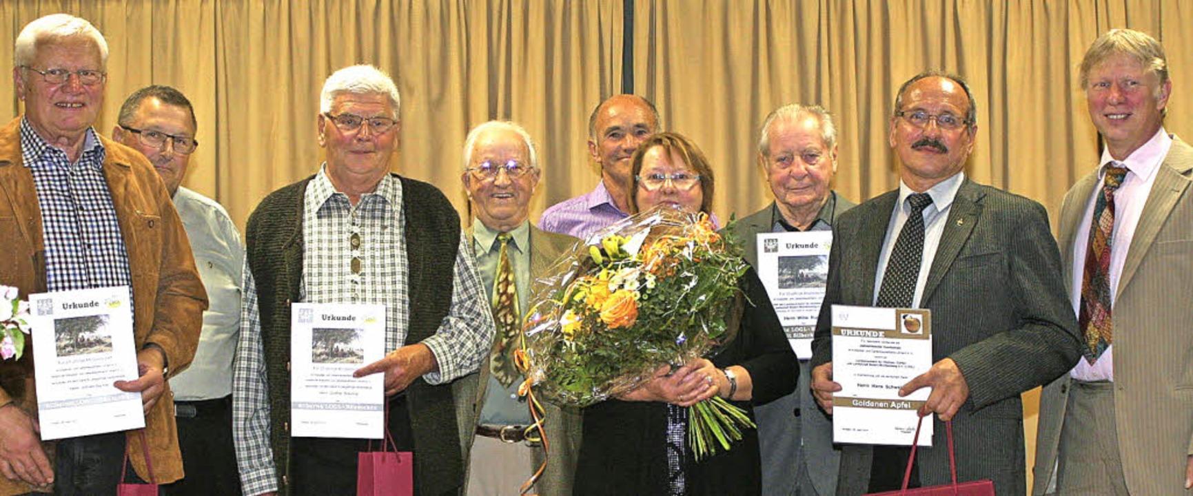 Wilfried Bechtel, Heinz Meyer, Günter ...Schwald, Klaus Nasilowski (von links)     Foto: Cremer
