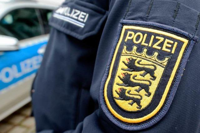 Polizist soll Dienstgeheimnisse verletzt haben und steht nun vor Gericht