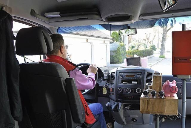 Eine Runde im neuen Breisacher Bürgerbus