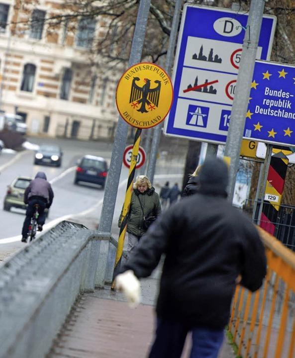 An der Grenze zu Polen gibt es kaum noch Kontrollen.   | Foto: DPA