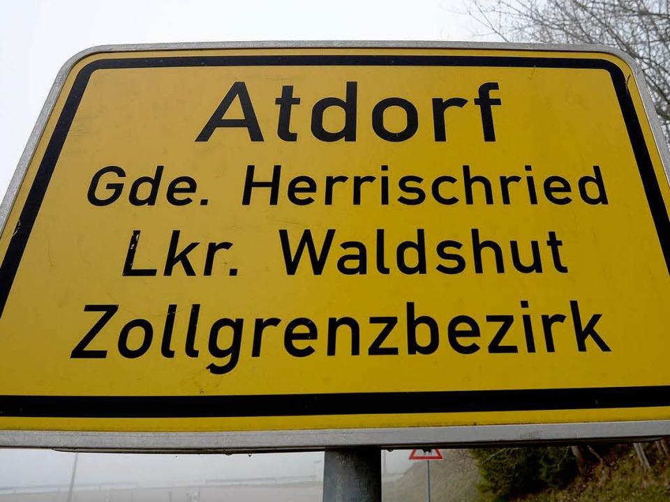 Atdorf – der Ortsname steht für das geplante Pumpspeicherwerk.  | Foto: dpa