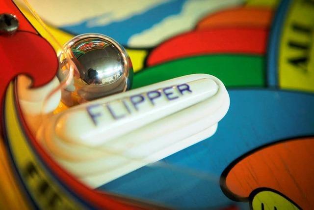 Flipper: Ein Spiel wandert von Kneipen in Hobbykeller