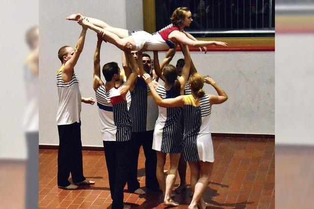 Die fließenden Kräfte des Tanzes