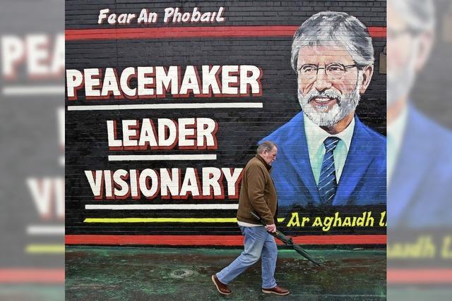 Nach Mordvorwurf - früherer IRA-Mann Gerry Adams wieder frei