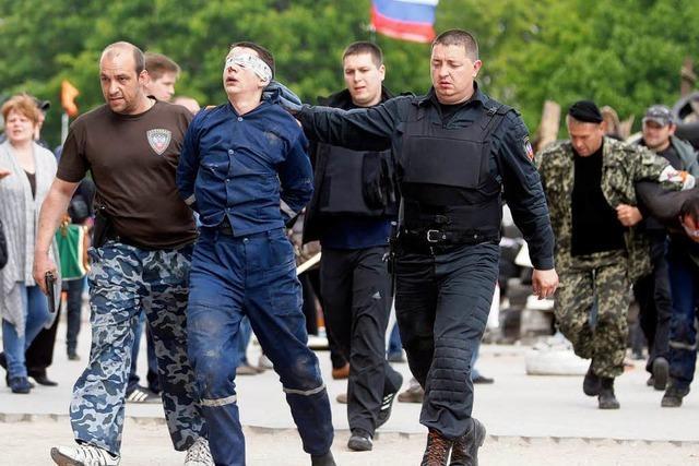 Ukraine: Interimspräsident wirft Moskau Kriegstreiberei vor