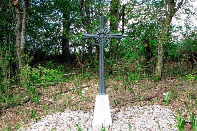 Kreuz soll an ein Mordopfer aus Nollingen erinnern