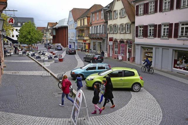 Vorfahrt Fußgänger oder Autos?