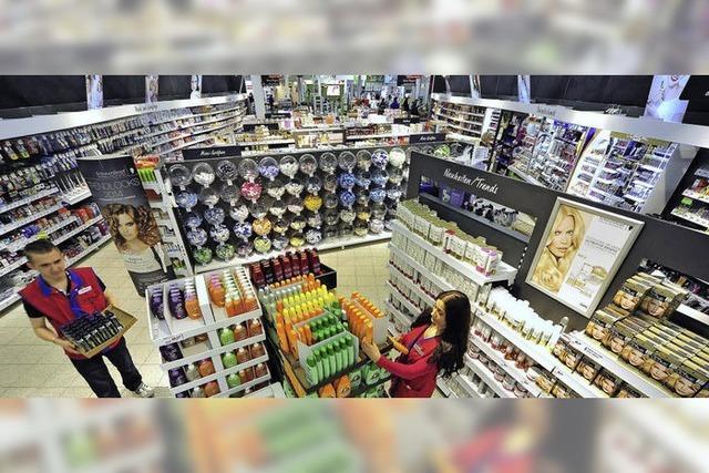 Breite Gänge für schnelleres Einkaufen