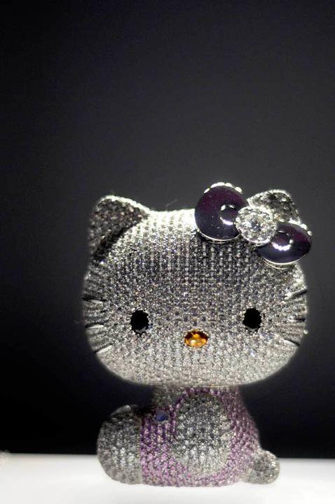 Über Geschmack kann man streiten.  Für... Saphire in Pink  und tausend Perlen.   | Foto: AFP