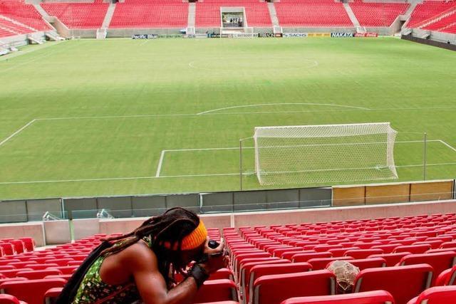 Vor WM in Brasilien: Mit der Kamera die Armut festhalten