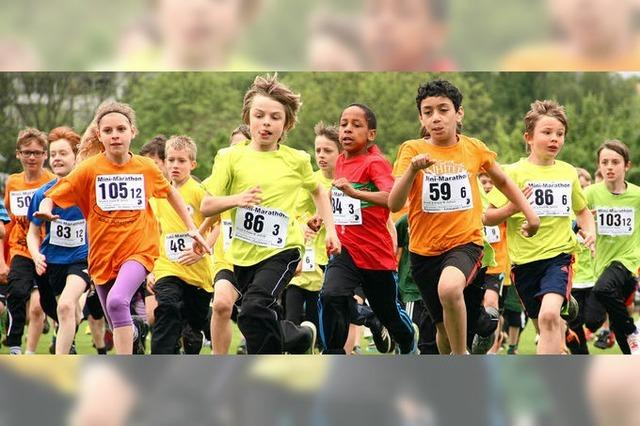 Minimarathon bringt 2880 Schüler auf Trab