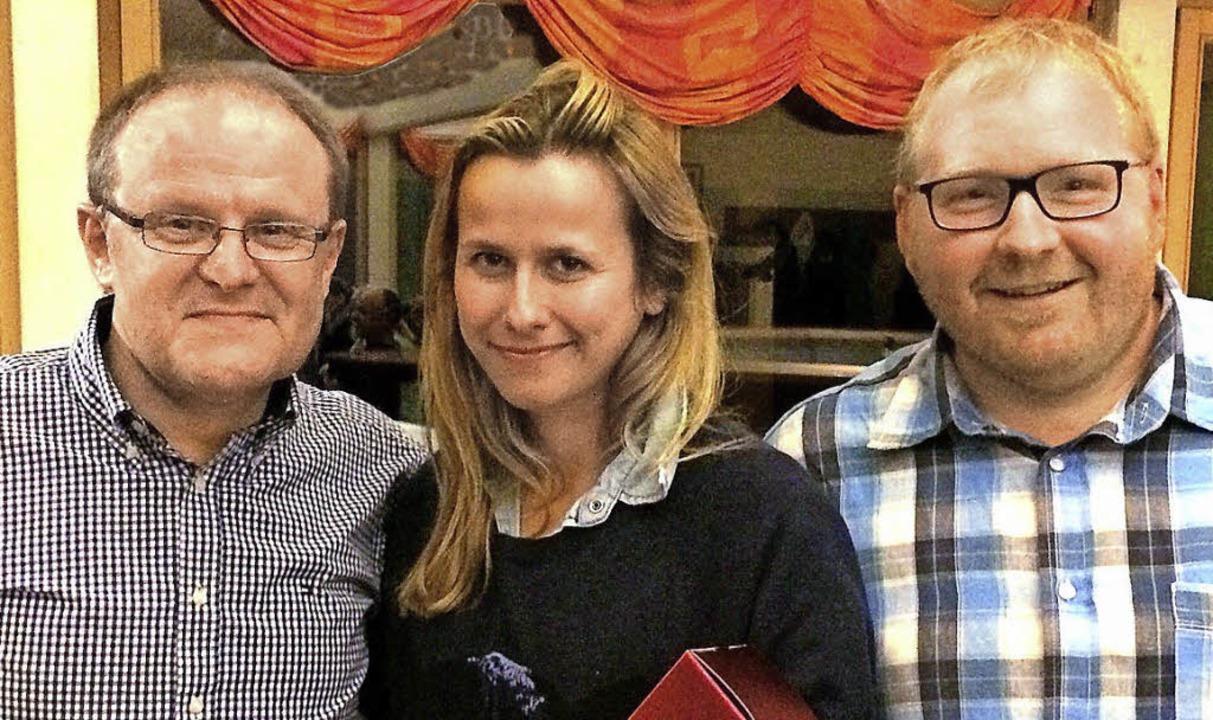 TFM-Vorsitzender Lothar Wolf (links) e...t in 25-jähriger Vereinszugehörigkeit.  | Foto: ML