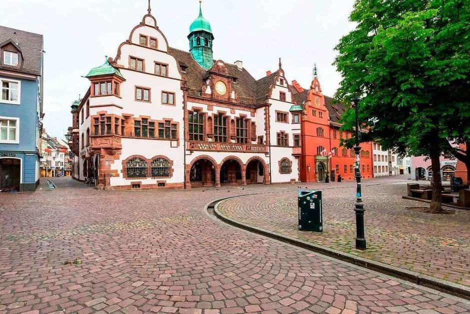 Sonntagmorgens zeigt sich Freiburg wie ausgestorben. (Foto: Carlotta Huber)