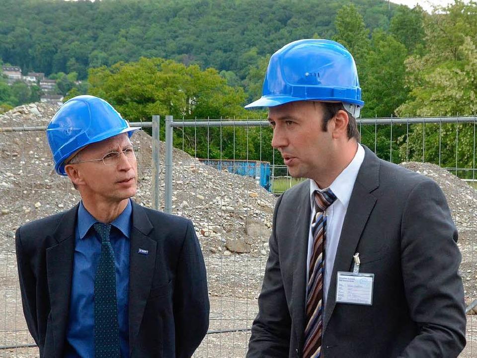 Projektleiter Livio Ulmann (links) und Planer Matthias Weede  | Foto: Ralf H. Dorweiler