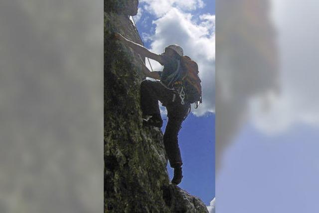 Kletterspaß an Hallenwänden und Felsen