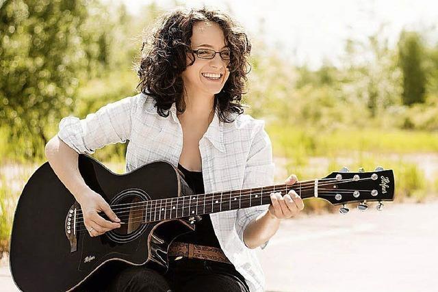 Die Chemnitzer Songwriterin Miriam Spranger tritt in Weil-Friedlingen auf