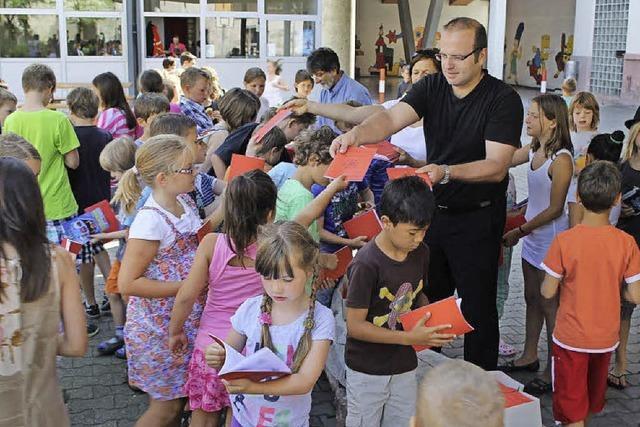 Polder, Schule, Europa-Farm
