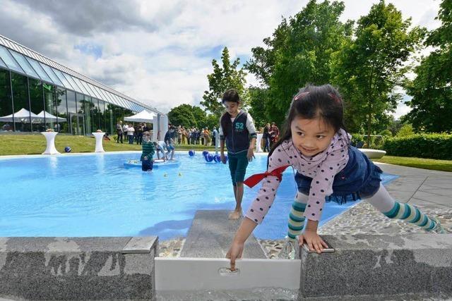 Planschbecken im Westbad eingeweiht – Außenbecken bleibt Traum