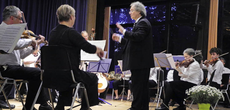 Das Benefizkonzert von Dreisam Symphon...rem in Mozarts Violinkonzert in D-Dur.  | Foto: sophia hesser