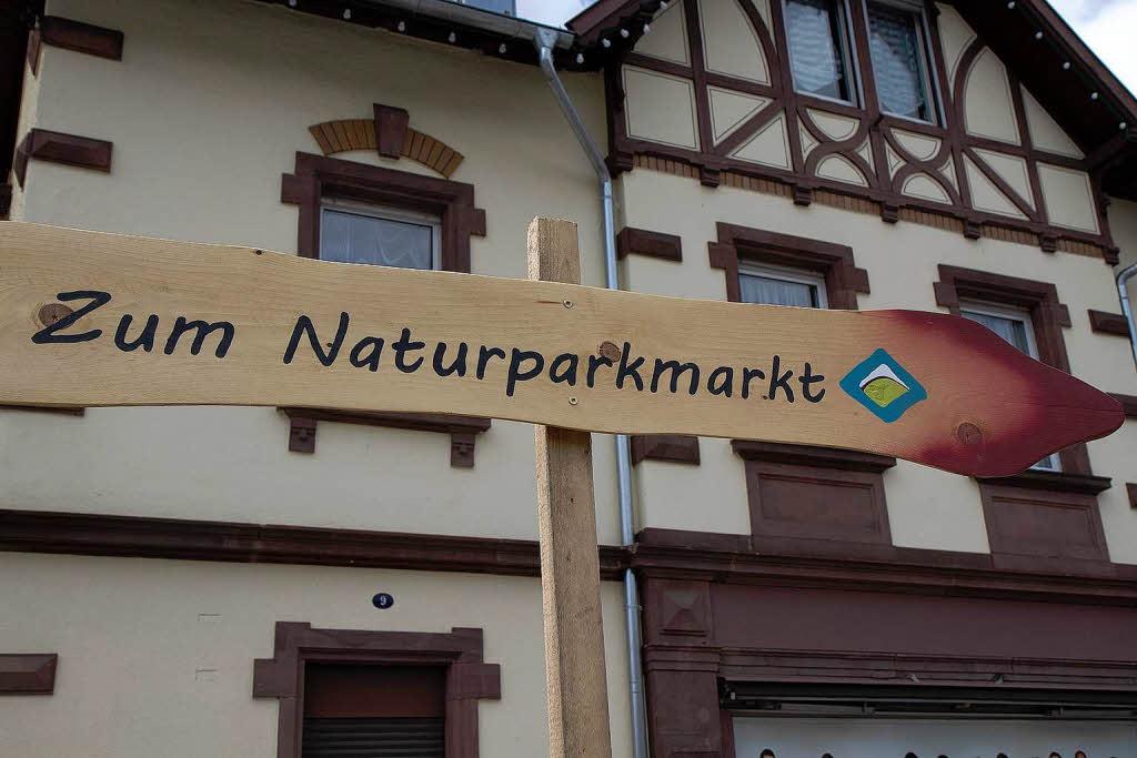 fotos naturparkmarkt und verkaufsoffener sonntag in elzach elzach fotogalerien badische. Black Bedroom Furniture Sets. Home Design Ideas