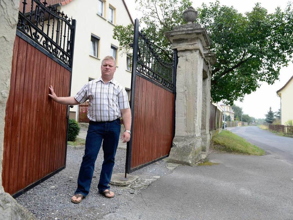 Jens Hausner will seinen Hof nicht aufgeben.  | Foto: Andreas Stedtler