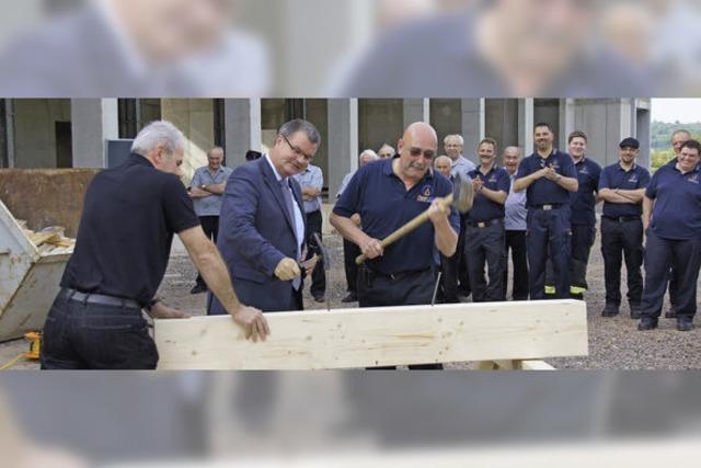 In weniger als einem Jahr soll das Feuerwehrgerätehaus fertig sein