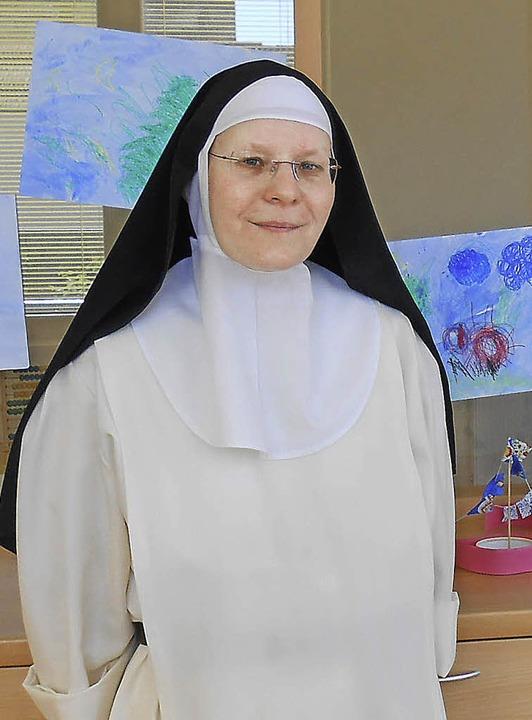 Dominikanerin Mutter Maria ist Leiteri... insgesamt zwölf Kindern Platz bietet.  | Foto: Tenz