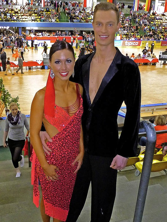 Das Tanzpaar Florian Siegwolf und Janina Wangler   | Foto: Privat