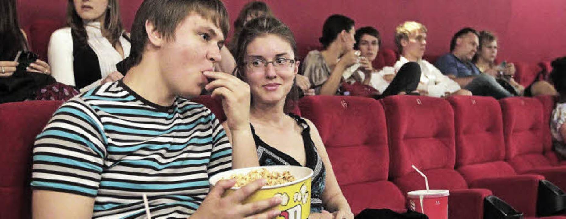 Ins Kino zu gehen ist ein Gemeinschaft...recht von den Albrecht-Kinobetrieben.     Foto: dpa