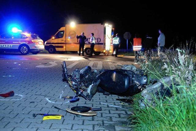 Zwei Schwerverletzte bei Roller-Unfall