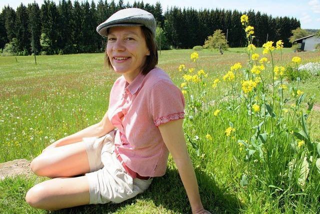 Liebeserklärung an Eisenbach: Schreibtisch und Blumenwiese