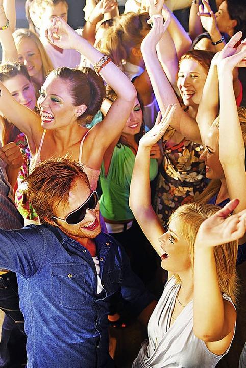 Auf Party- und Festveranstalter kommen...egeln zu. Die Stadt will Vorbild sein.  | Foto: dpa-tmn