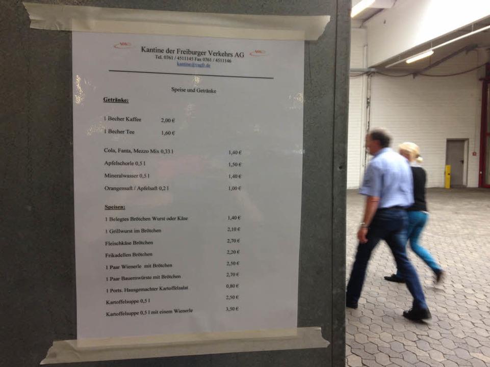 Die Speisekarte für fleißige Wahlhelfer und Wahlhelferinnen in Freiburg.  | Foto: Yvonne Weik